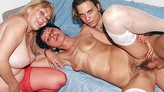 Hairy Grandmas Eve and Eva Threesome