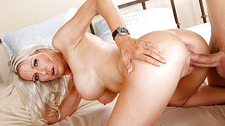 Emma Starr and Giovanni Francesco in Seduced by a Cougar
