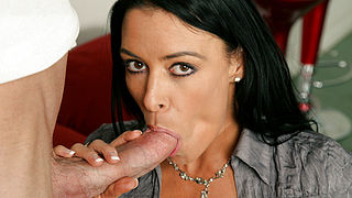 Vanilla DeVille and Jordan Ash in Seduced by a Cougar