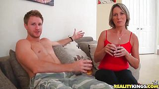 Sex weekend with sexy hot cougar Misty Anderson