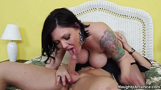 Claire Dames and Kris Slater in wild screw
