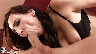 Dark haired girl Liza Bird is doing a blowjob