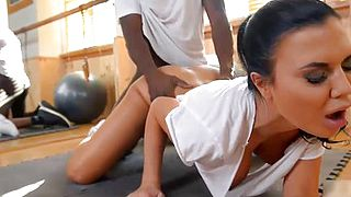 Gym Instructor Babe Enjoys Big Black Cock