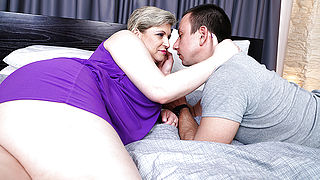 Hairy mature lady fucking her toy boy
