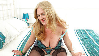 Naughty mature temptress getting wet and wild